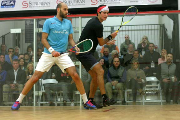 The cat-quick Elias (back) was everywhere against El Shorbagy. (MCO photo)